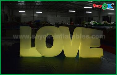 China Decoración inflable romántica de la iluminación, letra de amor inflable con la luz del LED proveedor
