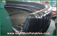 China Productos inflables de encargo respetuosos del medio ambiente 6 - sofá inflable sellado herméticamente negro del PVC de los 10m 0.6m m fábrica