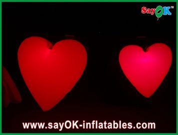 Corazón inflable rojo grande precioso con las luces llevadas para el festival, diámetro el 1.5M