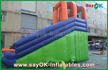 Diapositiva inflable al aire libre gigante multifuncional de la gorila con la piscina de agua para el centro de la diversión